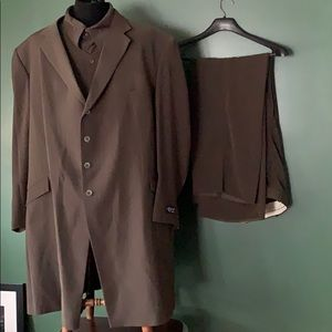 II Canto 4 piece Suit Olive Green NWOT 56L